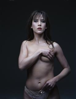 Sophie Marceau [2607x3366] [748.41 kb]