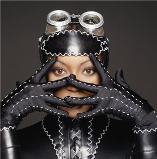 Naomi Campbell [1024x1033] [207.55 kb]
