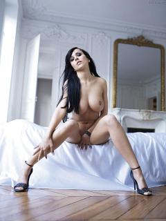 Jennifer Henschel en Playboy Desnuda [1200x1600] [143.13 kb]