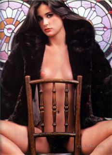 Demi Moore en Playboy Desnuda [1310x1800] [345.18 kb]