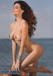 Dayane Mello en For Men Desnuda [701x993] [273.04 kb]