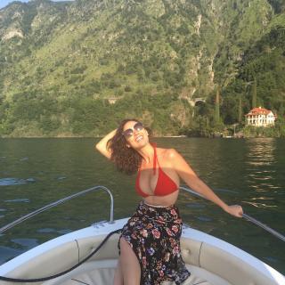 Pilar Santacruz en Bikini [1080x1080] [375.51 kb]