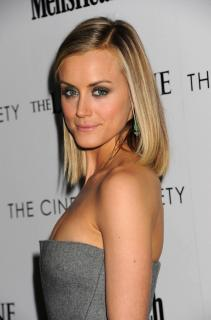 Taylor Schilling [1984x3000] [536.88 kb]