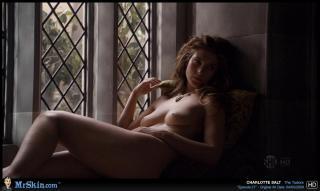 Charlotte Salt en Los Tudor Desnuda [1270x760] [85.58 kb]