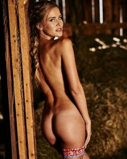 Julia Prokopy en Playboy Desnuda [1000x1250] [210.12 kb]