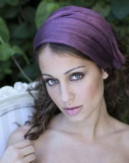 Hiba Abouk [471x593] [40.66 kb]