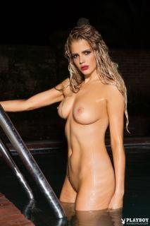 Stephanie Branton en Playboy Desnuda [683x1024] [111.89 kb]