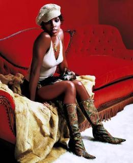 Kelly Rowland [550x674] [56.87 kb]
