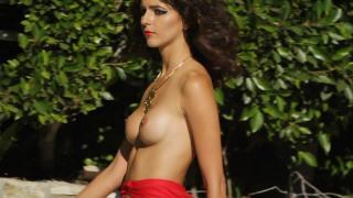 Amanda Pizziconi Desnuda [1280x720] [73.3 kb]