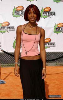 Kelly Rowland [505x800] [64.26 kb]