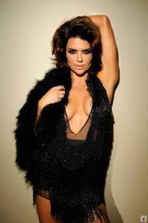 Lisa Rinna en Playboy [1068x1600] [184.75 kb]