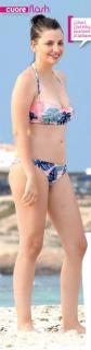 Miriam Giovanelli en Bikini [290x1103] [57.92 kb]