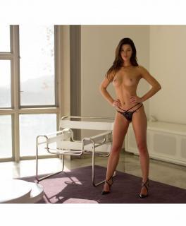 Jenny Watwood en Playboy Desnuda [1350x1631] [175.94 kb]