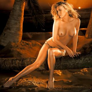 Willa Ford en Playboy Desnuda [1024x1024] [150.43 kb]