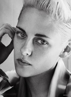 Kristen Stewart en V Magazine [2050x2809] [1384.14 kb]