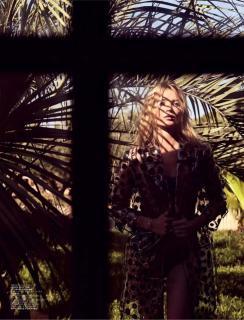 Kate Moss [800x1047] [120.36 kb]