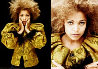 Antonia Thomas [500x351] [291.38 kb]