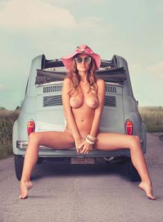 Elena Riz en Playboy [992x1347] [190.57 kb]
