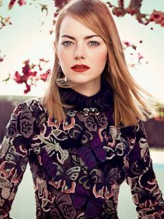 Emma Stone en Vogue [936x1247] [329.04 kb]