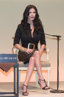 Catherine Zeta Jones [2006x3000] [421.62 kb]
