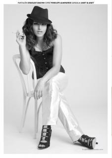 Lorena Mateo en Lanne Magazine [1060x1500] [131.38 kb]