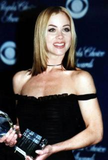 Christina Applegate [600x881] [44.86 kb]