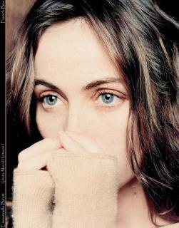 Emmanuelle Béart [828x1054] [164.07 kb]