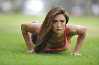 Katie Cleary [3000x1996] [345.04 kb]