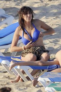 Paz Padilla in Bikini [420x631] [81.23 kb]