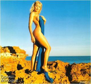Dannii Minogue [827x768] [112.95 kb]