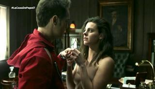 Clara Alvarado en La Casa De Papel Desnuda [1280x738] [146.69 kb]