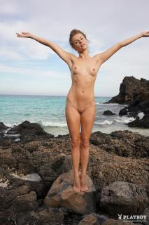 Kamila Joanna en Playboy Desnuda [1668x2500] [827.09 kb]