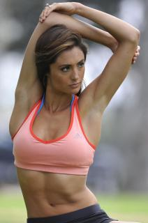 Katie Cleary [1996x3000] [331.44 kb]