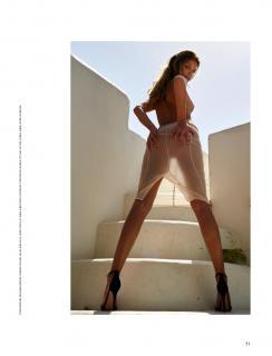 Isabel Vollmer in Playboy Nude [1225x1603] [138.24 kb]
