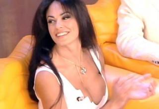 Maria Grazia Cucinotta [588x403] [22.45 kb]