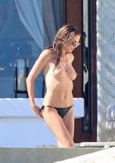 Heidi Klum in Topless [837x1182] [200.84 kb]