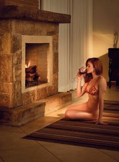Renata Longaray en Playboy [943x1276] [238.31 kb]