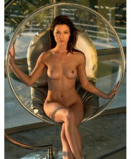 Jenny Watwood en Playboy Desnuda [1350x1631] [283.08 kb]