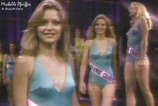 Michelle Pfeiffer [594x400] [30.86 kb]