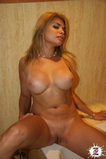 Desnuda Fotos De María Lapiedra Desnuda Tetas Pezon Culo Coño