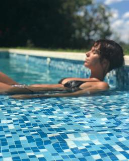 Gimena Accardi en Bikini [1080x1350] [195.96 kb]