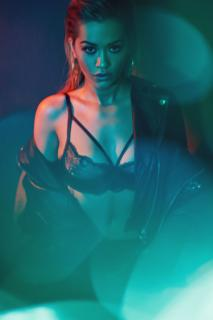 Rita Ora en Vanity Fair [2600x3896] [1647.03 kb]