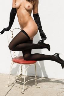 Nina Daniele en Playboy Desnuda [1920x2880] [687.11 kb]