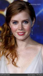 Amy Adams [352x621] [39.09 kb]
