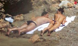 Rocío Muñoz Morales en Topless [800x477] [115.78 kb]