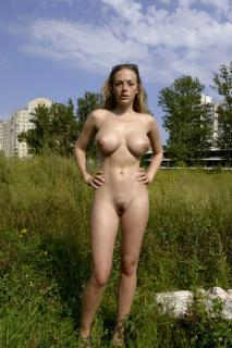 Olga Kobzar Desnuda [800x1199] [249.17 kb]