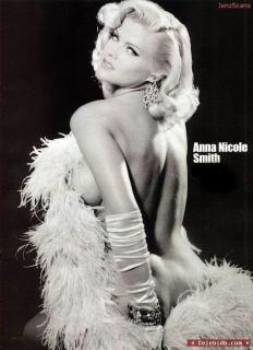 Anna Nicole Smith [558x768] [59.58 kb]