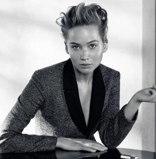 Jennifer Lawrence [1409x1440] [278.9 kb]