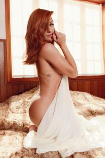 Renata Longaray en Playboy [850x1276] [165.25 kb]