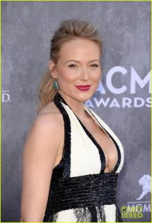 Jewel Kilcher [835x1222] [108.65 kb]